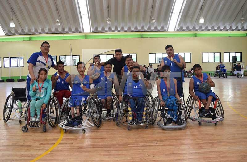 Zinacantepec, Mexico.- El equipo de Guanajuato se adjudicó el primer lugar del Campeonato Nacional de Basquetbol Sobre Silla de Ruedas de la Segunda Fuerza B al enfrentarse al equipo de Oaxaca. Agencia MVT / Especial
