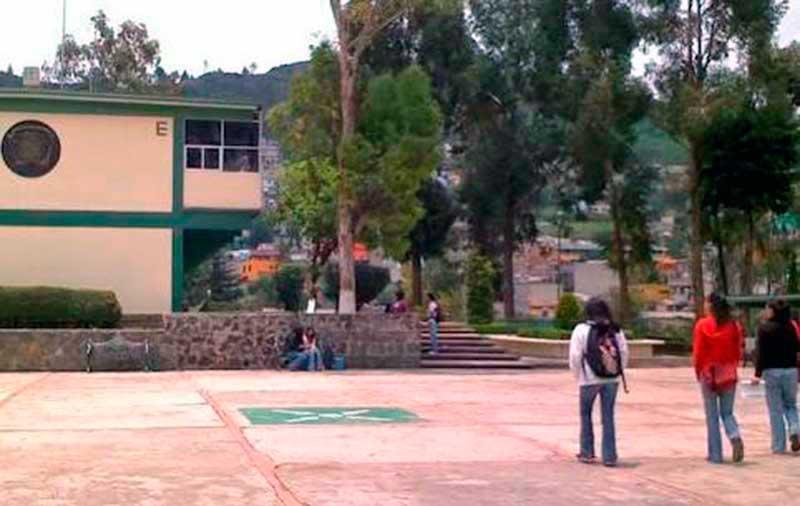 Jóvenes acuden con miedo a estudiar, ante el temor de ola de asaltos y robos,