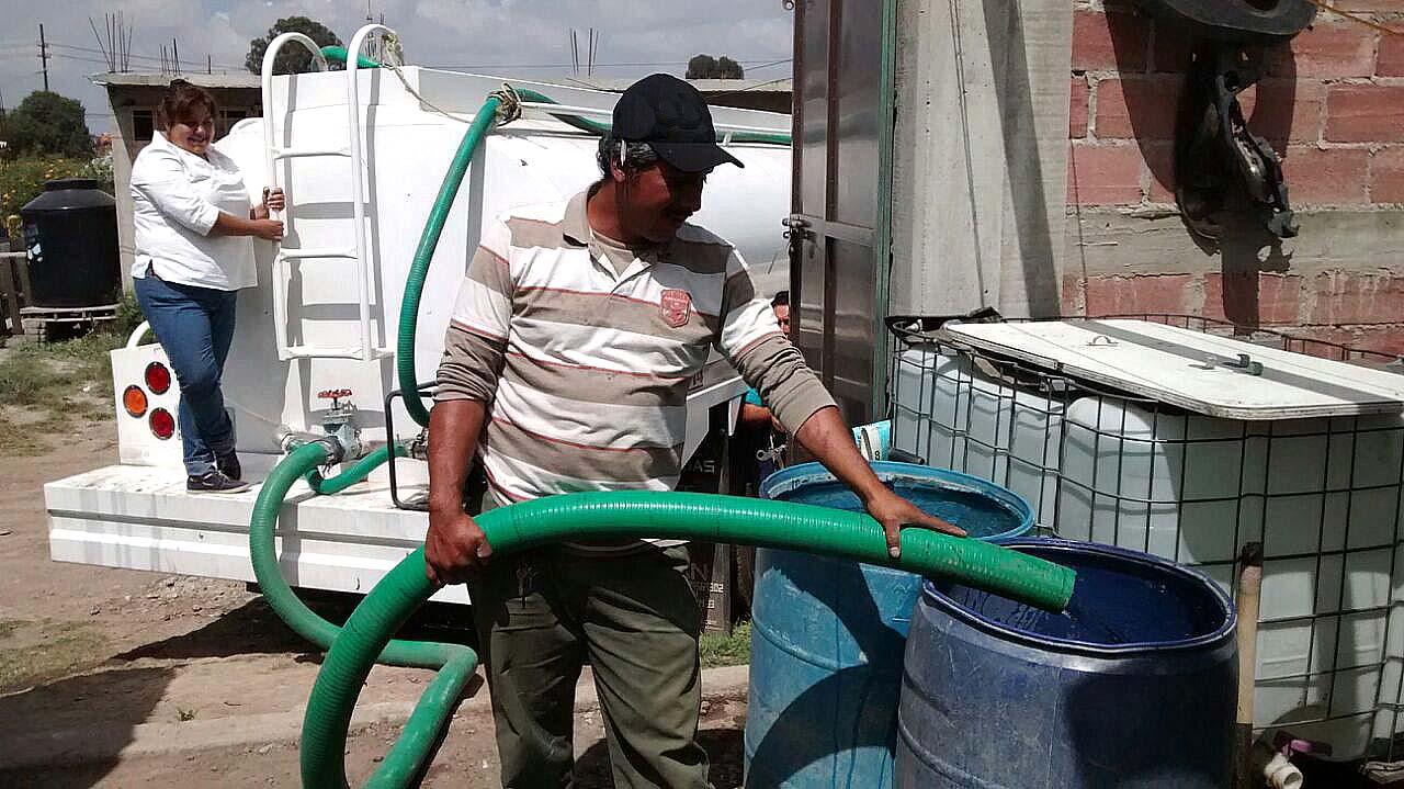 abasto de agua en Pipas
