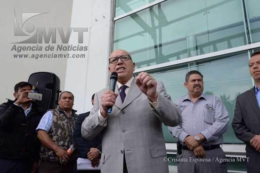 Levanta Isidro Pastor huelga de hambre; le repondrán el registro, asegura